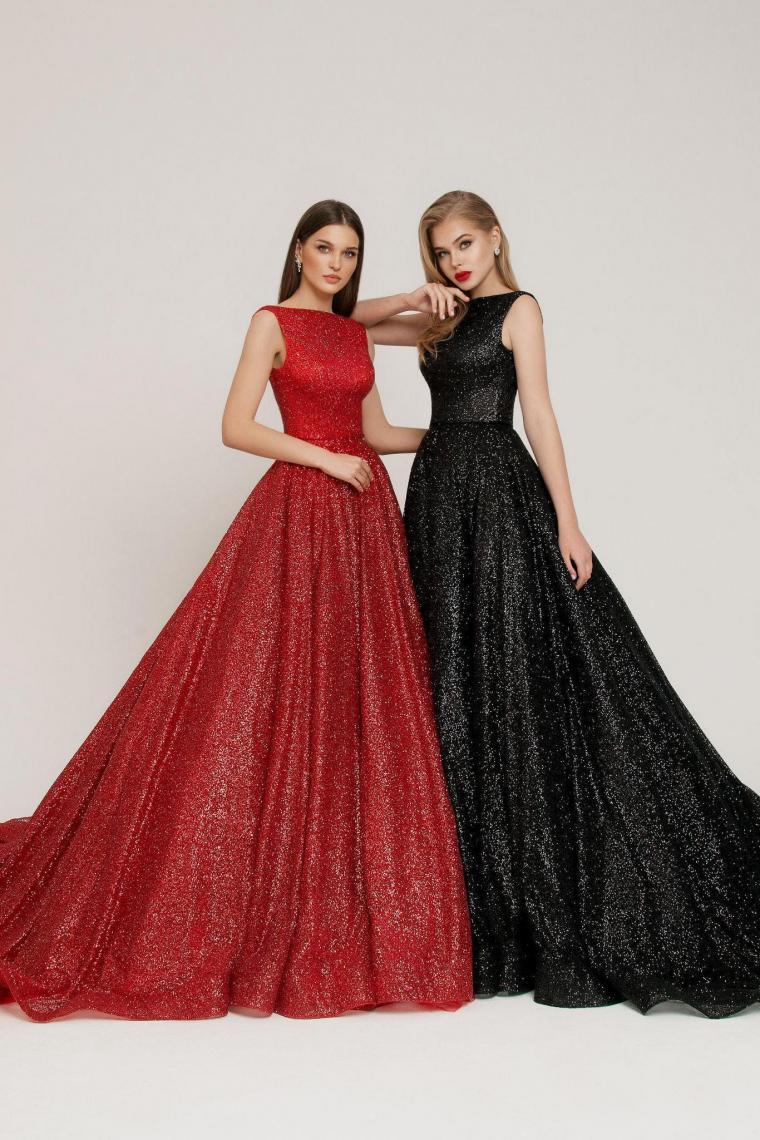 """Вечернее платье """"Idol"""" Ricca Sposa Cтоимость 22 000 гривен."""