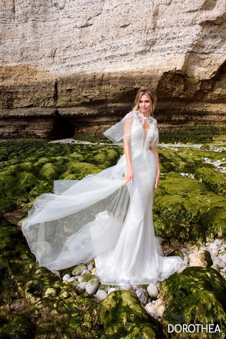 """Свадебное платье Dorothea """"Allegresse"""" Цена 34 200 грн.  Аренда 17 100 гривен.С болеро. В наличии"""