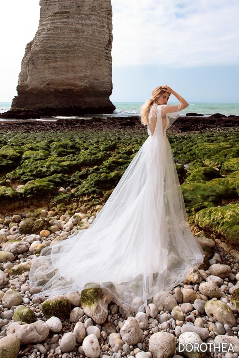 "Свадебное платье Dorothea ""Allegresse"" Цена 34 200 грн.  Аренда от 15 000 гривен.С болеро. В наличии"