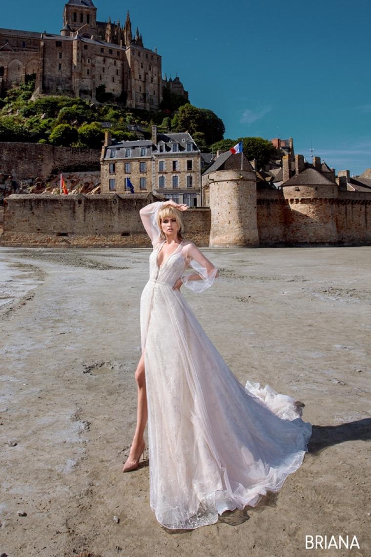 "Свадебное платье Briana ""Allegresse"" SALE -20% Цена 31 600 грн. Аренда 15 800 грн.  В наличии"
