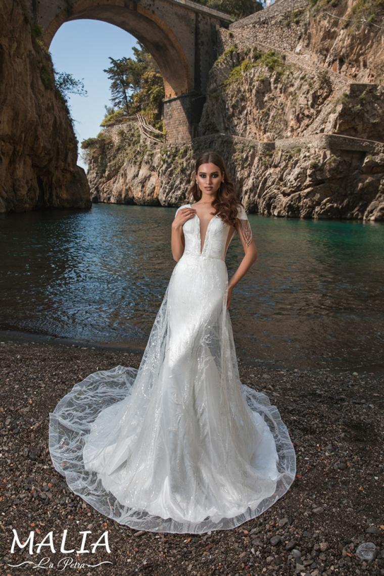 """Malia """"La Petra"""" Стоимость 26 200 грн. Аренда 13 100 грн. Свадебное платье  в наличии"""