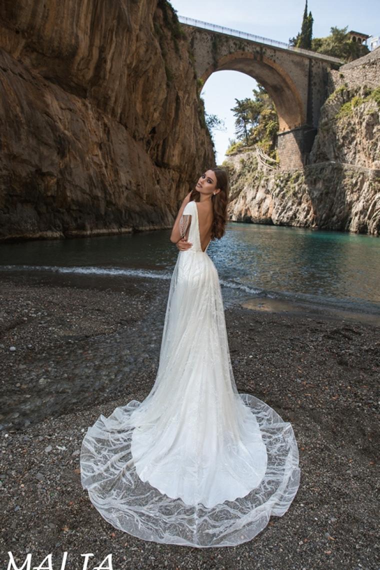 """Malia """"La Petra"""" Стоимость 27 000 гривен."""