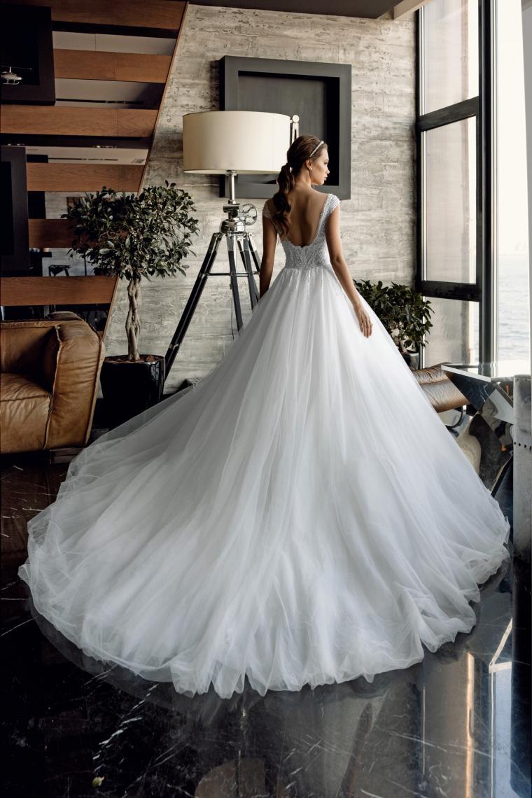 """Свадебное платье """"Michelle""""  Стоимость 23 000 гривен."""
